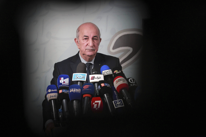 Le candidat Abdelmadjid Tebboune lors d'une conférence de presse, dimanche 24 novembre 2019 à Alger.