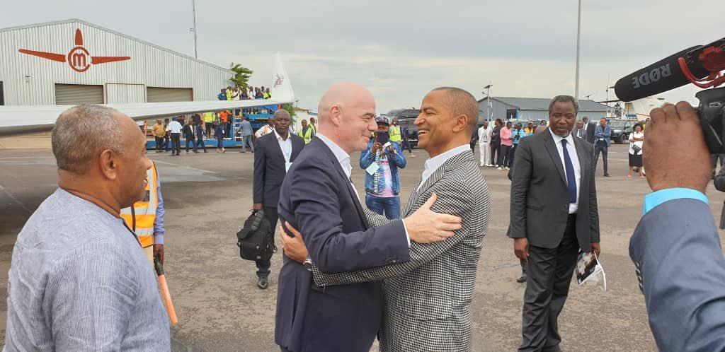 Le président de la FIFA Gianni Infantino et Moïse Katumbi, le 27 novembre 2019.