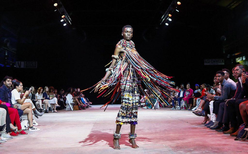 Une création de Salima Abdel-Wahab (Maroc) présentée au Cap (Afrique du Sud).