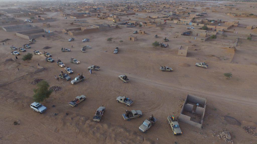 Des véhicules lourdement armés du MNLA, à Kidal, le 2 décembre 2019.