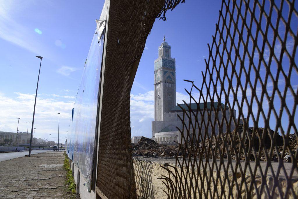 Le front de mer en chantier aux abords de la mosquée Hassan II