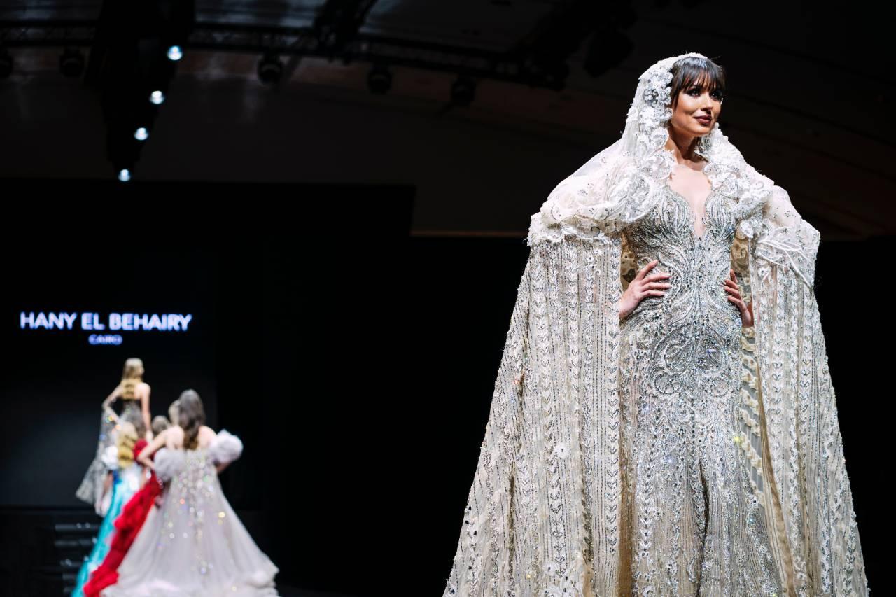 Une monumentale robe de mariée signée Hany El Behairy.