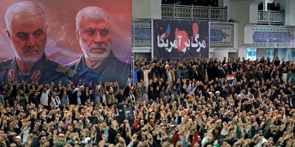 Des manifestants à Téhéran le 17 janvier 2020, après le raid américain qui a tué Qassem Soleimani.