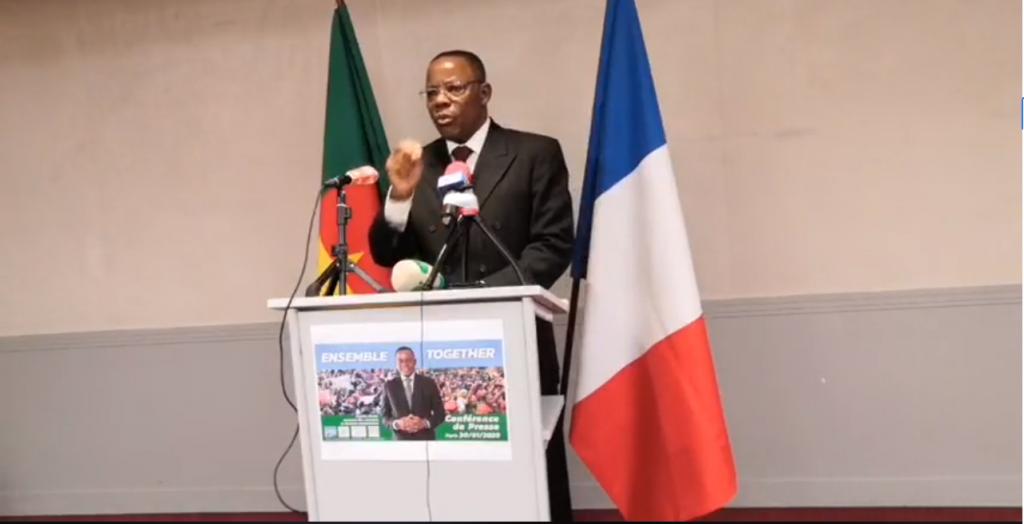 L'opposant Maurice Kamto lors d'une conférence de presse à Paris, le 30 janvier.