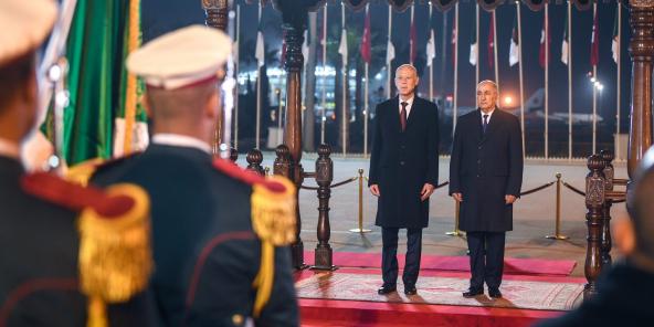 Le président tunisien Kaïs Saïed et son homologue algérien Abdelmadjid Tebboune, à Alger, le 2 février.