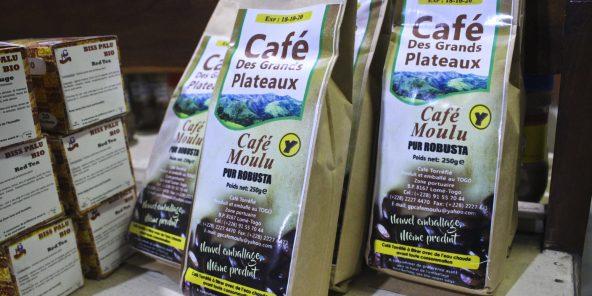 Café produit et torréfié au Togo, vendu à La BoBar : boutique, bar, restaurant