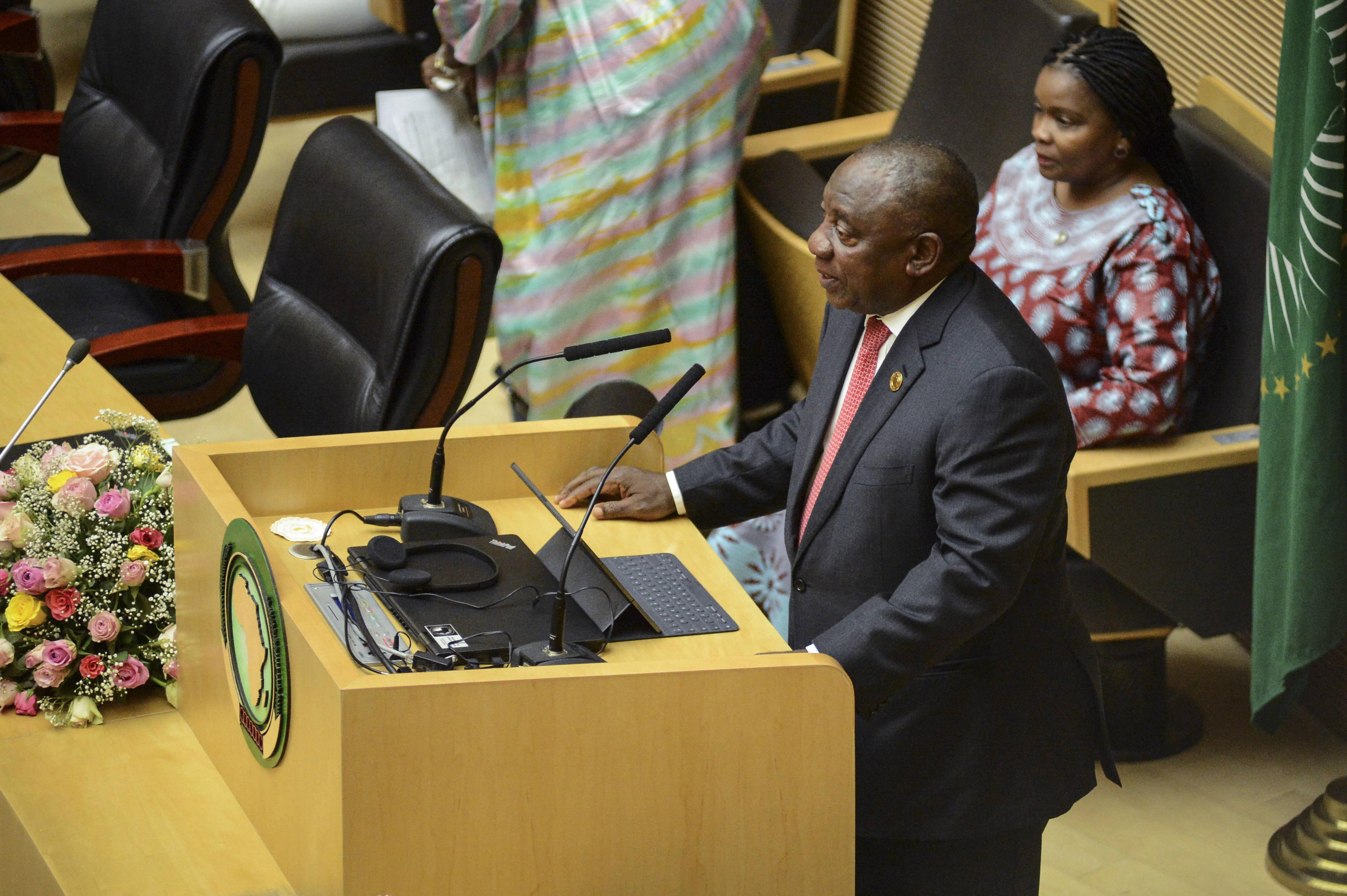 Le président sud-africain Cyril Ramaphosa prend la tête de l'Union africaine (ici le 9 février 2020)