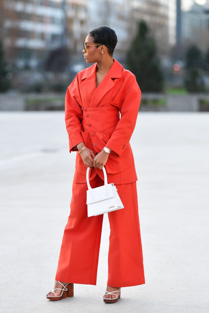 In Jacquemus for the parade... Jacquemus of January 2020 (Paris Fashion Week)