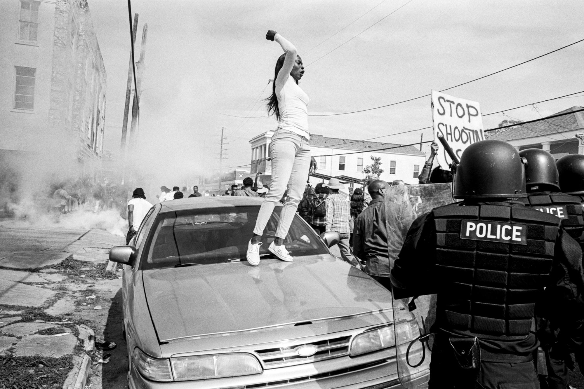 Le long-métrage s'inscrit dans le champ fictionnel du mouvement Black Lives Matter.