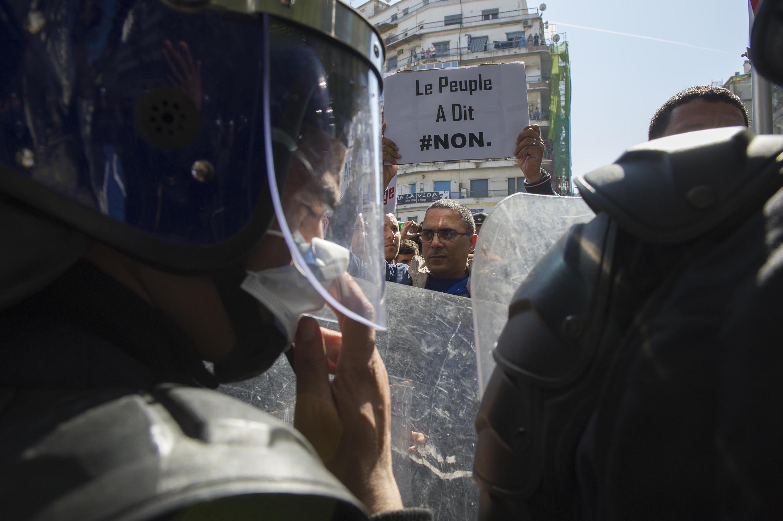 Manifestation du 22 février 2019, rue Belcout, à Alger.