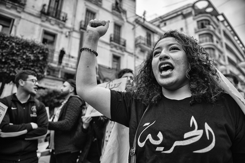 La marche du 8 mars, journée internationale des femmes, dans les rues d'Alger.