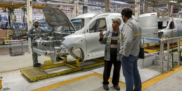 Production line in the Renault-Dacia-Nissan Tanger plant. Tanger, MOROCCO-10/03/2016. /MEIGNEUX_meigneuxE032/Credit:ROMUALD MEIGNEUX/SIPA/1603131754