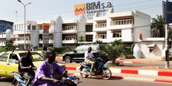 Siège de la Banque internationale pour le Mali (BIM), filiale du groupe Attijariwafa Bank. La BIM est la première banque des Maliens de l'étranger.