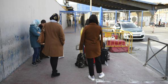 Au poste frontière de Tarajal à Ceuta, vendredi 13 mars 2020.
