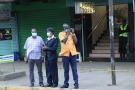 LLa police a placé un cordon de sécurité devant un hôtel où un résident pourrait avoir le coronavirus, le 15 mars 2020 à Nairobi.