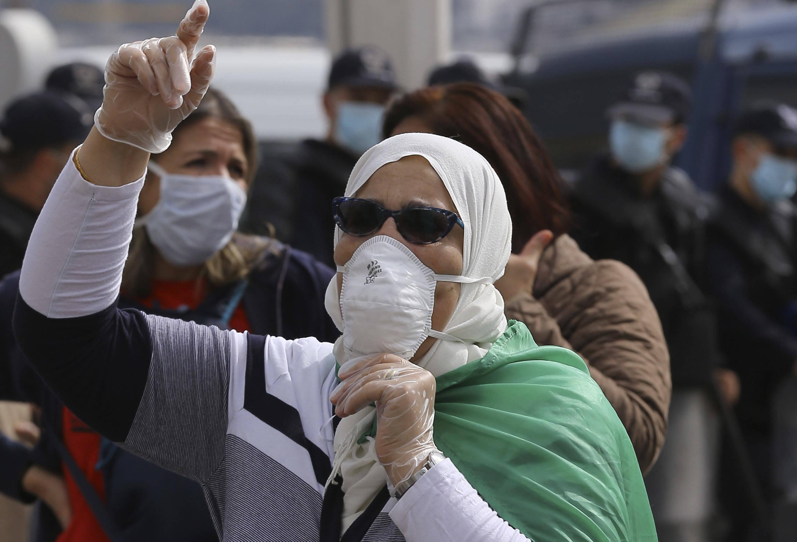 La pandémie de Covid-19 met en suspens les marches du Hirak en Algérie.