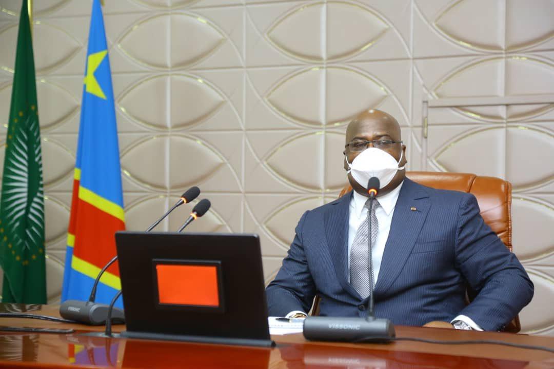 Le président Félix Tshisekedi, lors d'une réunion de crise sur la cornavirus, le 28 mars 2020, à la présidence.