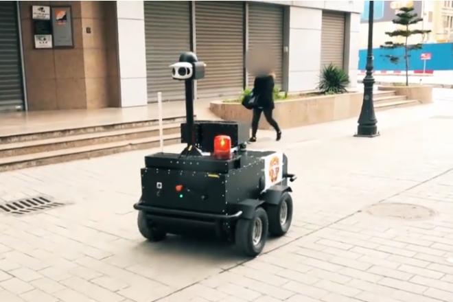 [Tribune] Robots, caméras, tracking... L'intelligence artificielle en première ligne face au Covid-19