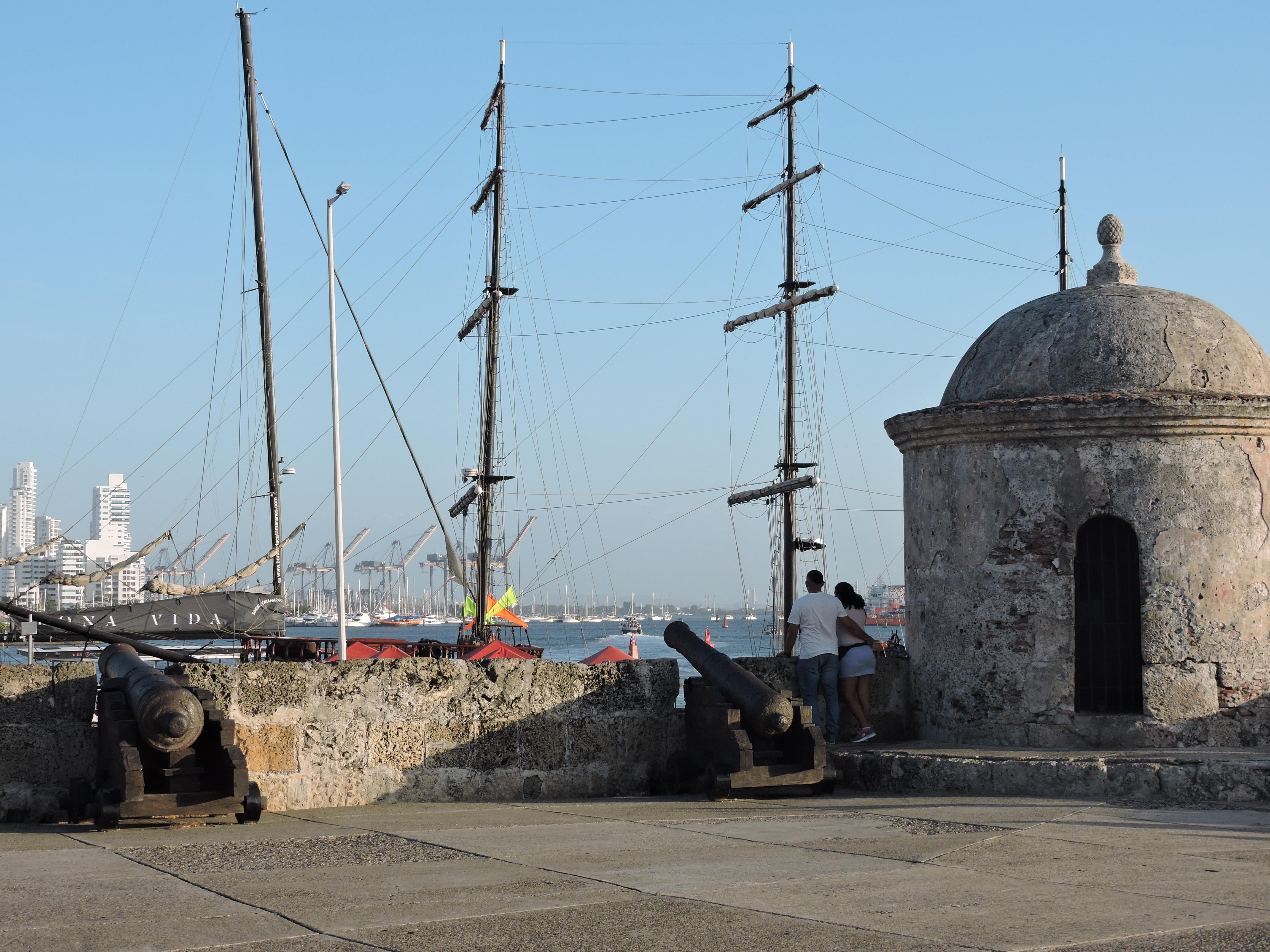 Vue de la baie de Carthagène d'où arrivaient les bateaux chargés d'africains, depuis les fortifications, janvier 2020