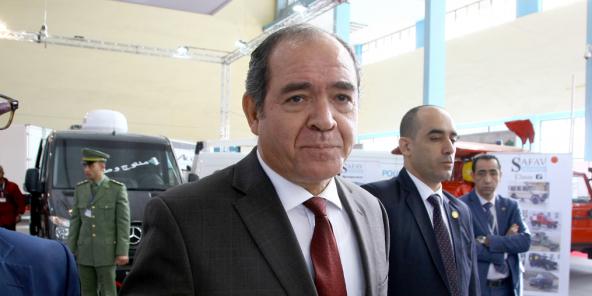 Lors de la visite du chef de l'État algérien, Adelmadjid Tebboune, à la Foire de la production nationale, le 22 décembre 2019.