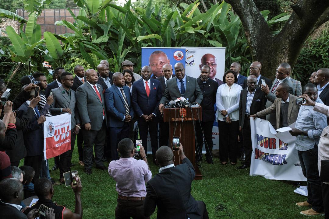 Aux côtés de Vital Kamerhe, Félix Tshisekedi annonce qu'il sera candidat à la présidentielle de décembre 2018, à Nairobi, le 23 novembre 2018.