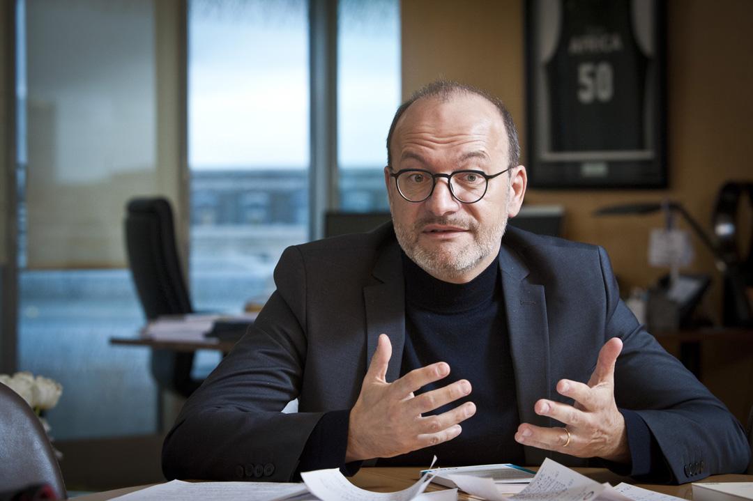 Rémy Rioux, directeur général de l'AFD, le 15 janvier dernier, dans son bureau,à Paris.