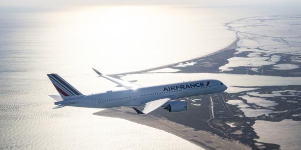 Airbus A350 d'Air France, utilisé notamment pour les dessertes Paris-Dakar-Paris.
