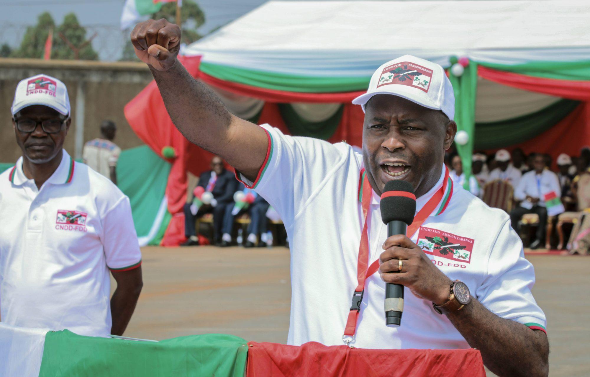 Evariste Ndayishimiye, ici lors d'un meeting, a été déclaré vainqueur de la présidentielle au Burundi par la Ceni, le 25 mai 2020.