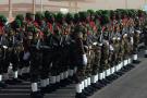 Parade militaire pour le 58e anniversaire de l'indépendance, à Agadez, en 2016.