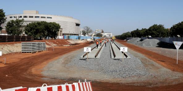 Visite du chantier de la gare du TER, à Dakar, en février 2018