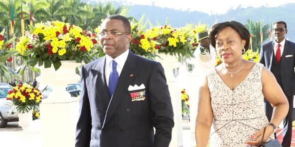 Edgar Alain Mebe Ngo'o et sa femme Bernadette Mebe Ngo'o, à Yaoundé, le 20 mai 2017.