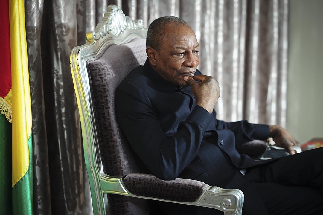 Alpha Condé, président de la République de Guinée, lors d'une interview accordée à Jeune Afrique le 20 octobre 2016, à Conakry.
