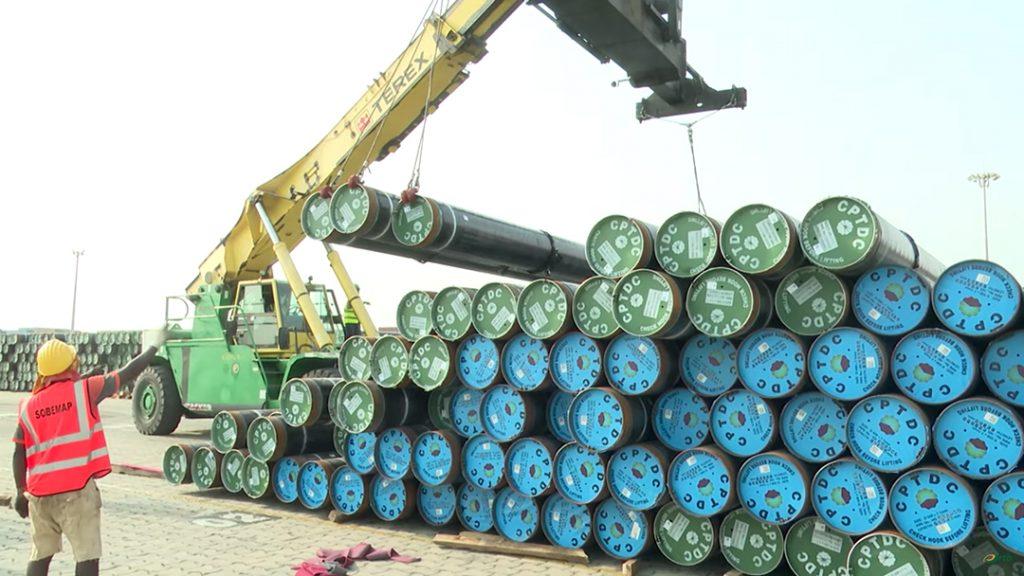 Ici, les premiers tuyaux réceptionnés à Cotonou, en février 2020.