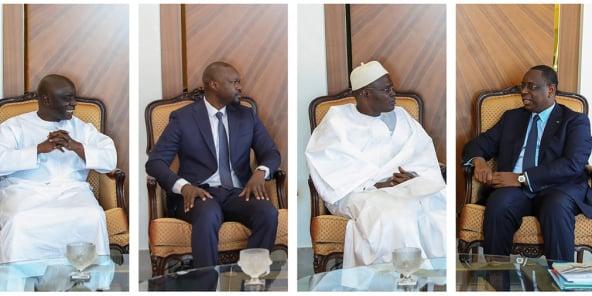 De g. à dr.: Idrissa Seck, Ousmane Sonko, Khalifa Sall et Macky Sall, au palais de la République, le 24 mars 2020.