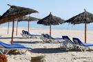 Une plage sans touristes à Hammamet, en mars 2020, pendant la pandémie de coronavirus..
