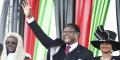 Lazarus Chakwera prête serment, le 28 juin 2020, au Malawi.