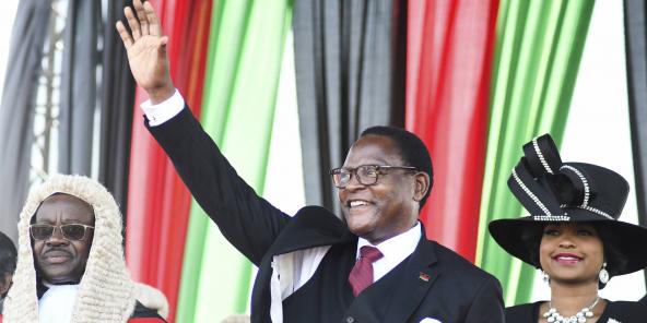 Malawi : élu président, l'opposant Lazarus Chakwera a prêté ...