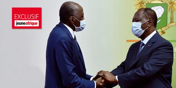 Le 2 juillet, le président Alassane Ouattara avait accueilli le Premier ministre Amadou Gon Coulibaly (à gauche) à l'aéroport à son retour d'Abidjan après sa convalescence en France.