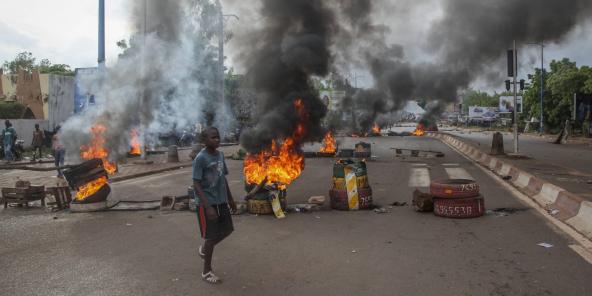 Des manifestants anti-gouvernement à Bamako, le 10 juillet 2020.