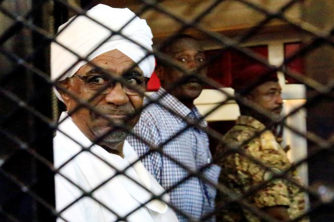 Soudan : Omar el-Béchir, à l'heure d'un nouveau procès