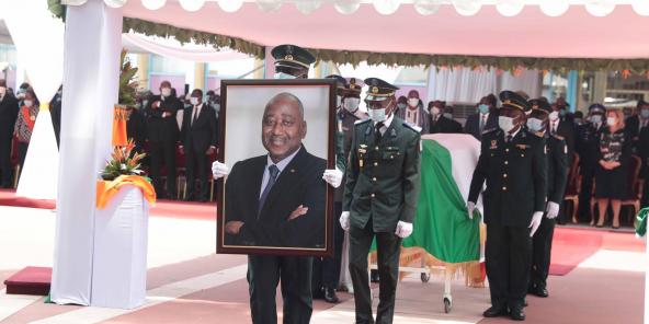 Lors de la cérémonie d'hommage à Amadou Gon Coulibaly à Abidjan, le 14 juillet 2020. Le Premier ministre ivoirien a été inhumé le 17 juillet à Korhogo.