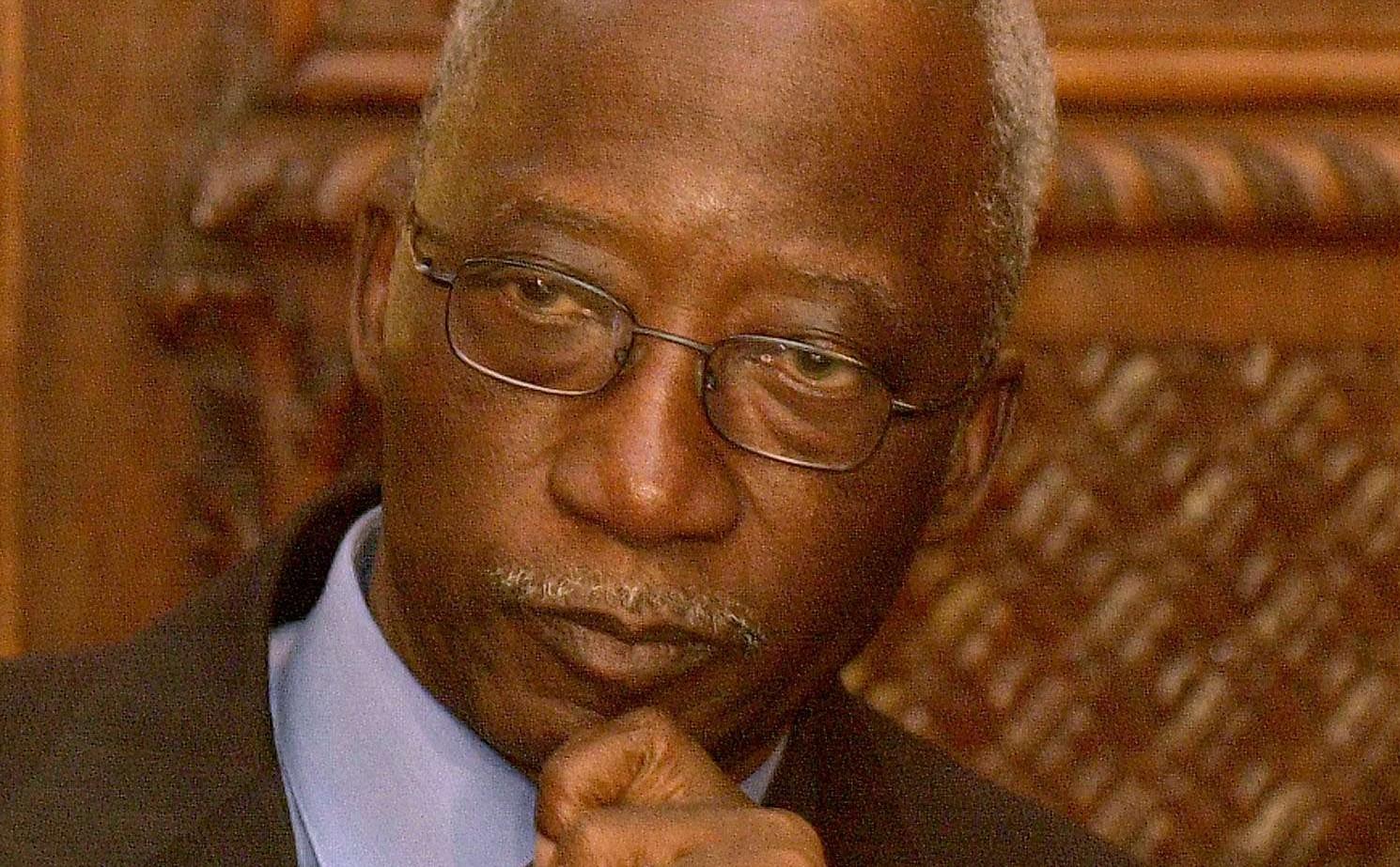Seydou Diarra, lors d'une conférence de presse à Paris, en 2003 (archives).