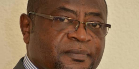 Louis Henri Ngantcha est député du département du Moungo (région du Littoral).