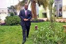 Karim Keïta dans les jardins de son bureau à la cité du Niger, à Bamako, le 3 Mai 2014.