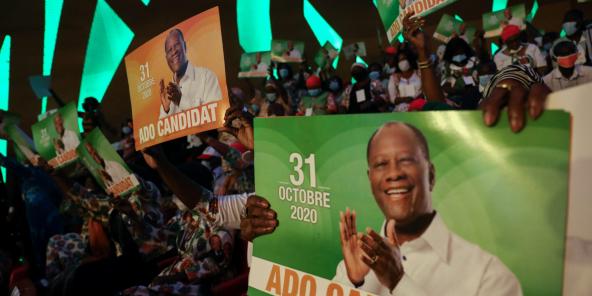 Des militants du RHDP, lors du meeting du 29 juillet 2020 à Abidjan.