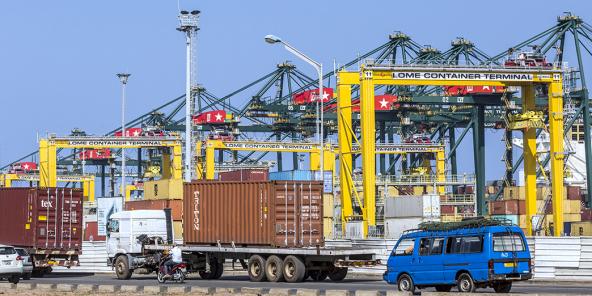 Terminal de conteneurs du porde marchandises de Lomé, .