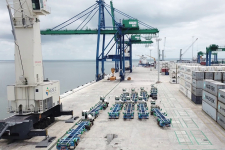 Port d'Owendo, Gabon.