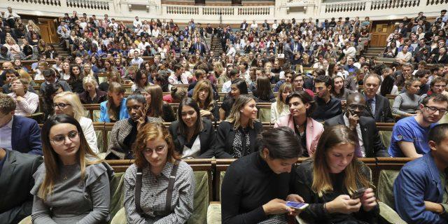 Hausse des frais universitaires en France : quel impact sur les étudiants africains?
