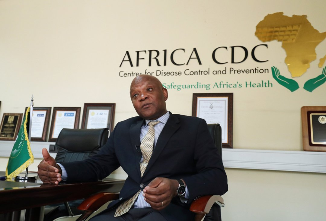 John Nkengasong, directeur des Centres africains de prévention et de lutte contre les maladies au siège de l'Union africaine, à Addis-Abeba, en mars 2020.