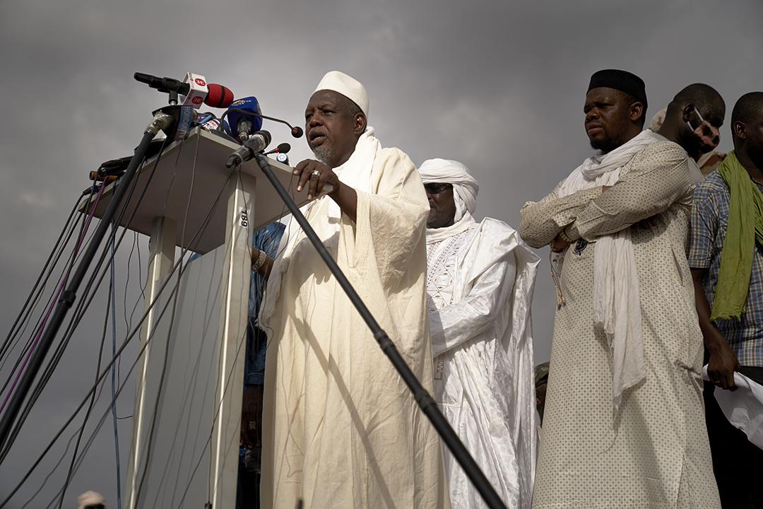 L'imam Mahmoud Dicko sur la place de l'Indépendance, à Bamako, le 5 juin 2020.